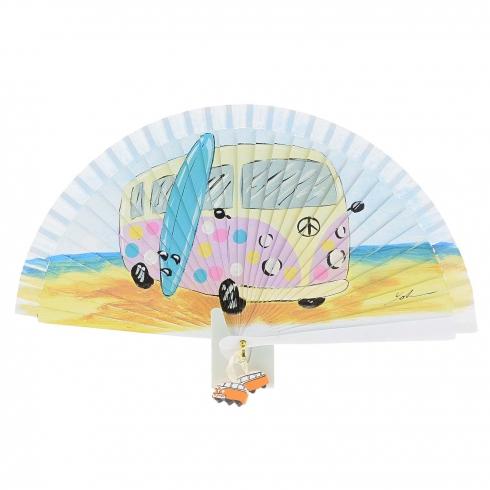 https://cache1.paulaalonso.es/10788-106130-thickbox/abanico-diseno-furgoneta-hippie-y-tabla-surf.jpg