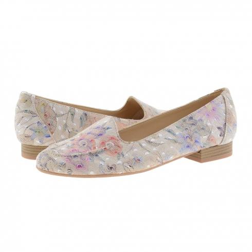 https://cache.paulaalonso.es/11923-115024-thickbox/zapatos-piel-estilo-sleepers-estampado-flores.jpg