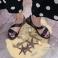 Sandalias planas piel lisa negra con elástico 117402