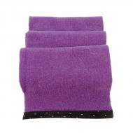 Bufanda lana con vivo piel con topos