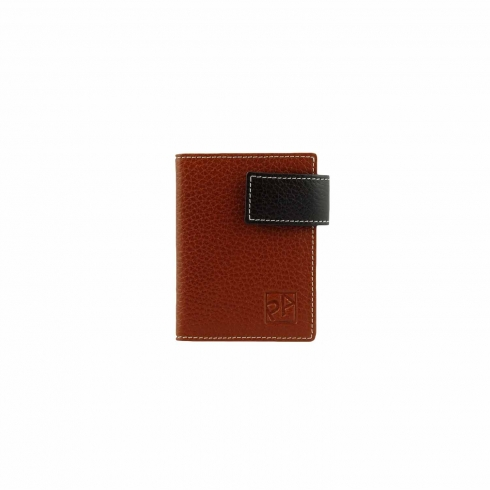 https://cache.paulaalonso.es/868-74777-thickbox/porta-tarjetas-con-broche-de-cuero.jpg