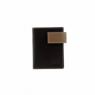 Porta tarjetas con broche de cuero