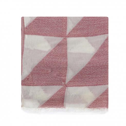 https://cache.paulaalonso.es/9174-92026-thickbox/estola-dibujos-de-triangulos-en-beige-y-rojo.jpg