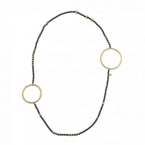 https://cache1.paulaalonso.es/9412-94464-thickbox/collar-largo-con-adornos-de-aros-metalicos.jpg