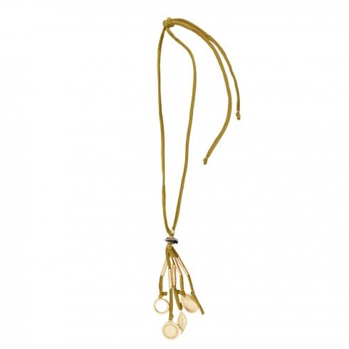 https://cache2.paulaalonso.es/9865-98361-thickbox/collar-largo-cordon-terciopelo-adoros-metalicos.jpg